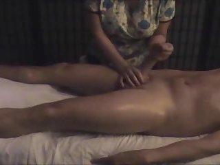 Mumbai Massage parlour