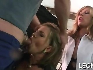It's orgasm time for Leony
