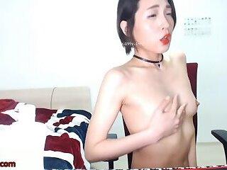 Asian horny camgirl sensual show