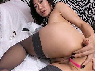 Amateur asian stocking milf anal finger fucking on cam