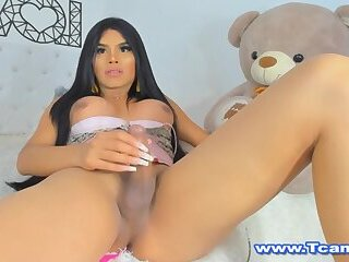 Thalia Shemale Loves To Jerk