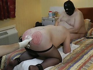 02-Mar-2018 Almost Fisting of the sissy painslut20180126