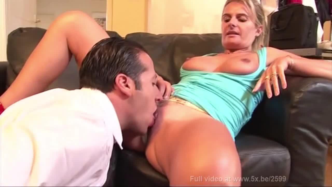 Delfynn delage porn